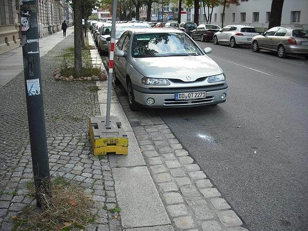 Sichtverhältnisse an der Kreuzung Behringstraße/Berliner Straße