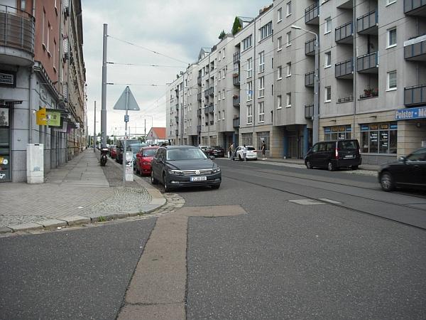 Sichtverhältnisse an Kreuzung Cottaer Straße/Behringstraße