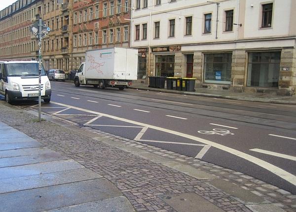 Markierung an Kreuzung Johann-Meyer-/Fritz-Reuter-Straße
